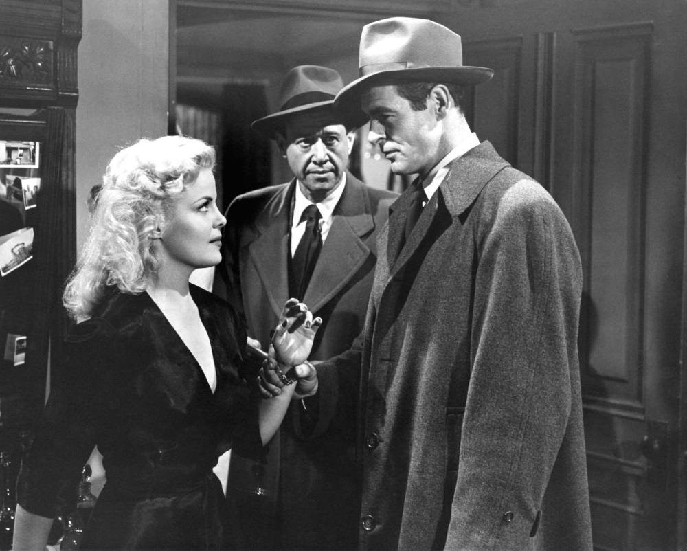 Cleo Moore and Robert Ryan in 'On Dangerous Ground'